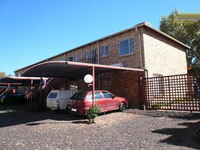 Standard Bank Repossessed 2 Bedroom House for Sale on online auction in Mountain View - MR060755