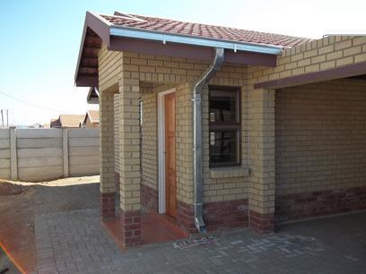 3 Bedroom House for Sale For Sale in Bloemfontein - Private Sale - MR061141
