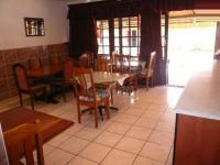 Dining Room - 26 square meters of property in Emalahleni (Witbank)