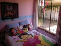 Bed Room 1 - 14 square meters of property in Waverley