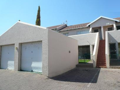 2 Bedroom Apartment for Sale For Sale in Midrand - Private Sale - MR061463