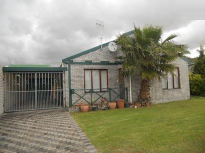 Standard Bank EasySell 3 Bedroom House for Sale For Sale in Durbanville   - MR061952