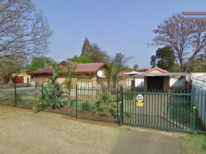 Standard Bank EasySell 3 Bedroom House For Sale in Silverton - MR062005