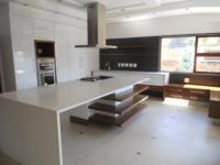 Kitchen - 77 square meters of property in Bedford Gardens