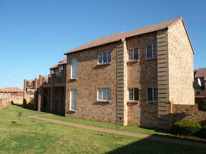 2 Bedroom Simplex for Sale For Sale in Mooikloof Ridge - Private Sale - MR06224
