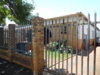 4 Bedroom 2 Bathroom House for Sale for sale in Bezuidenhout Valley