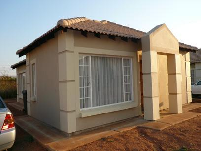 3 Bedroom Simplex for Sale For Sale in Pretoria North - Home Sell - MR06248