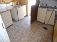 Kitchen - 6 square meters of property in Welkom