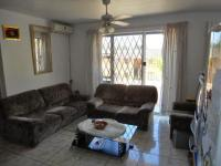 Lounges - 21 square meters of property in Woodlands - DBN