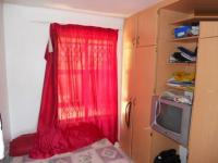 Bed Room 1 - 8 square meters of property in Woodlands - DBN