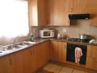 Kitchen - 14 square meters of property in Kelvin