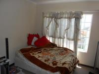 Bed Room 1 - 6 square meters of property in Willowbrook