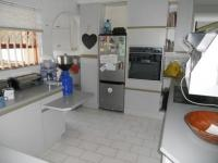 Kitchen - 17 square meters of property in Albemarle