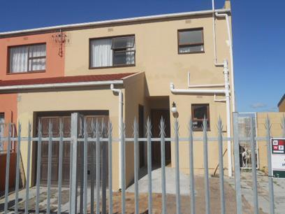 3 Bedroom House for Sale For Sale in Strandfontein - Home Sell - MR063205