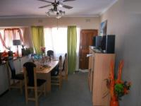 Dining Room - 18 square meters of property in New Germany