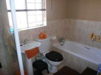 Bathroom 1 - 7 square meters of property in Annlin