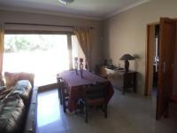 Dining Room - 35 square meters of property in Dunvegan