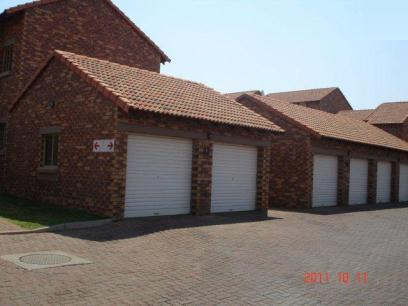 Standard Bank EasySell 2 Bedroom Sectional Title For Sale in Highveld - MR064070
