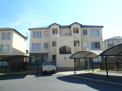 2 Bedroom Apartment for Sale and to Rent For Sale in Emalahleni (Witbank)  - Private Sale - MR064131