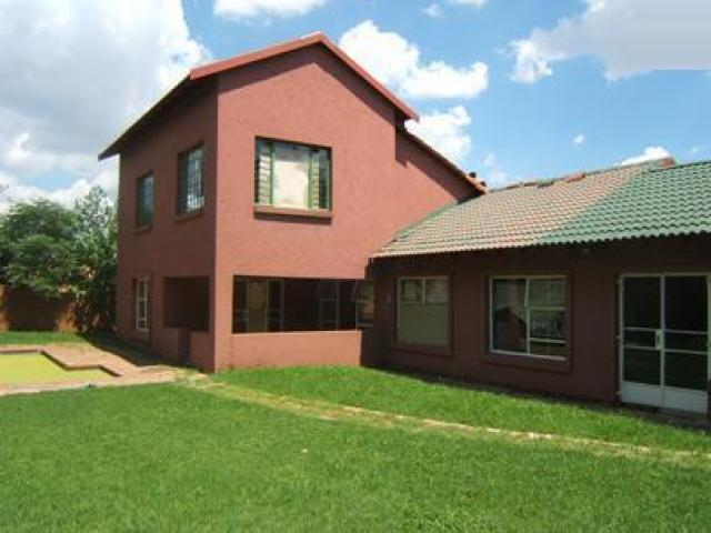 Standard Bank Repossessed 4 Bedroom House for Sale For Sale in Lilianton - MR06441
