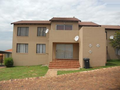 Standard Bank EasySell 2 Bedroom Sectional Title for Sale For Sale in Elandspark - MR064417