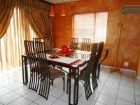Dining Room of property in Weltevreden Park