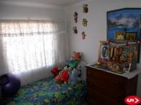 Bed Room 1 - 10 square meters of property in Linmeyer