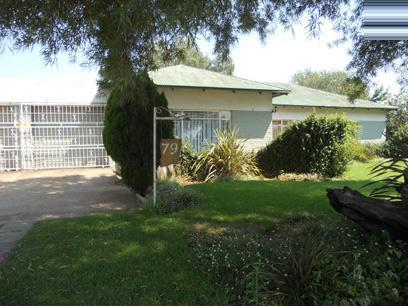 Standard Bank EasySell 3 Bedroom House For Sale in Nigel - MR064974