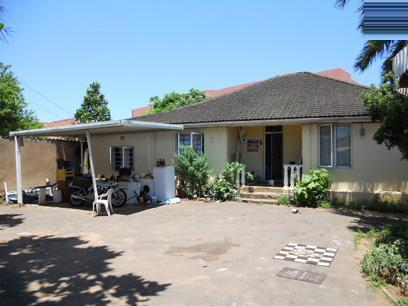 Standard Bank EasySell House for Sale For Sale in Umbilo  - MR065123