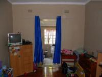 Bed Room 2 - 17 square meters of property in Umbilo