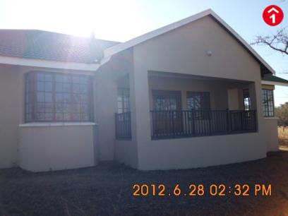 Standard Bank Repossessed 3 Bedroom Sectional Title for Sale on online auction in Winterton - MR065145