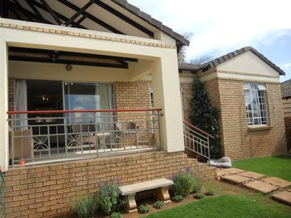 3 Bedroom Sectional Title for Sale For Sale in Moreletapark - Home Sell - MR065167