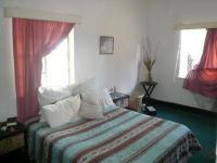 Bed Room 2 - 18 square meters of property in Pretoria West