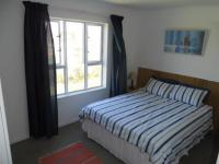 Main Bedroom - 14 square meters of property in Muizenberg