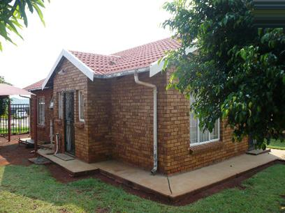 3 Bedroom House for Sale For Sale in Rustenburg - Private Sale - MR066181