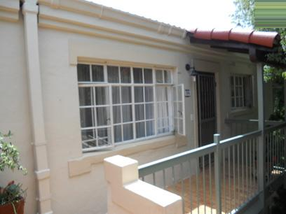 2 Bedroom Apartment for Sale For Sale in Bryanston - Private Sale - MR066323