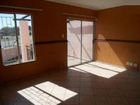 Lounges - 20 square meters of property in Dalpark