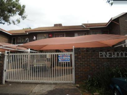 3 Bedroom Sectional Title for Sale For Sale in Windsor - Private Sale - MR066694