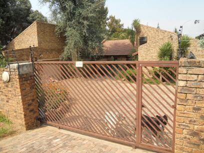 Standard Bank EasySell 3 Bedroom House for Sale For Sale in Buccleuch - MR066774