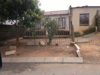 2 Bedroom House for Sale For Sale in Tembisa - Private Sale - MR067043