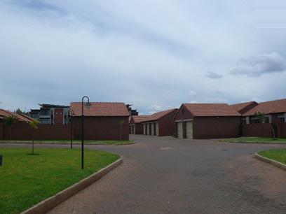 Standard Bank EasySell 3 Bedroom Sectional Title for Sale For Sale in Highveld - MR067147