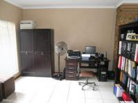 Study - 14 square meters of property in Norkem park