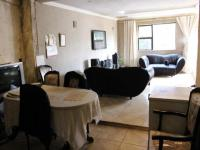Lounges - 31 square meters of property in Klipspruit West