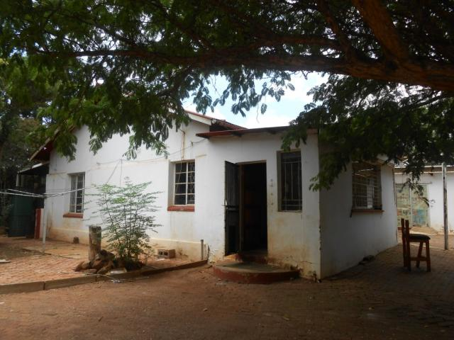 Standard Bank Repossessed Smallholding on online auction in Krugersdorp - MR067398