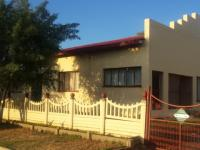 Front View of property in Theunissen