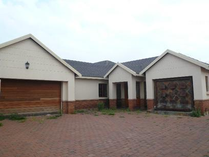 Standard Bank EasySell 4 Bedroom House for Sale For Sale in Die Hoewes - MR067689