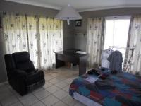 Bed Room 2 - 13 square meters of property in Grootfontein