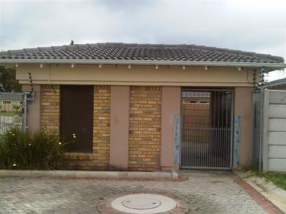Standard Bank EasySell 2 Bedroom House For Sale in Parsons Vlei - MR067865