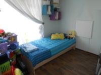 Bed Room 1 - 9 square meters of property in Castleview