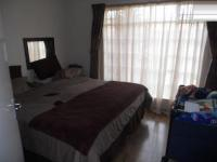 Main Bedroom - 14 square meters of property in Castleview